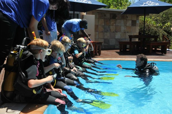Kids Scuba Parties in the pool with Pro Dive