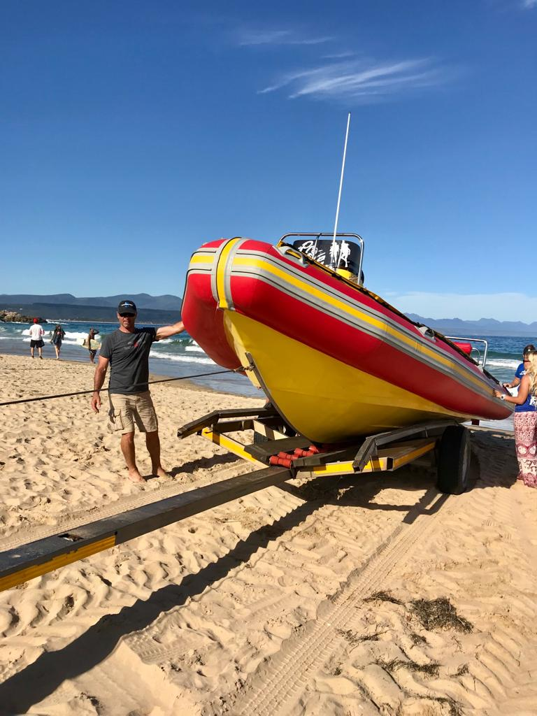 Pro Dive Founder and owner launching brand new boat in Plettenberg Bay